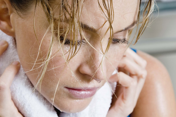 cabelo-mulher-suor-academia-600.jpg